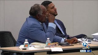Group of people wants Riviera Beach city manager to get his job back