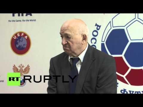 Russia: Capello holds onto Russian national team job... for now!