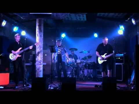 Comedy Of Errors - Going For A Song - Glasgow 'Stereo' - 24/08/2013