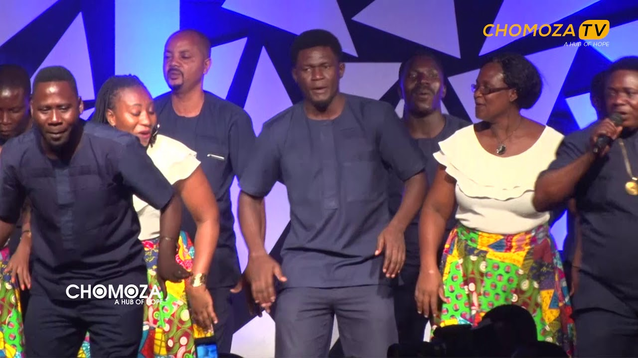 Download Live Mlimanicity Kwaya Ya Uinjilisti Kijitonyama - Hakuna Mungu Kama Wewe.
