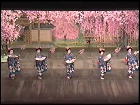 Traditional Geisha Dances in Kyoto (Part 2)