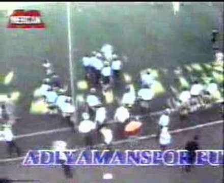 Adiyamanspor-Malatyaspor Olayli Kavgali