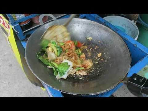 Thai Pork Fried Noodles – Pat Se Yu – Thai Recipes