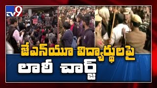 JNU students lathi charged by cops during protest in Delhi over fee hike - TV9