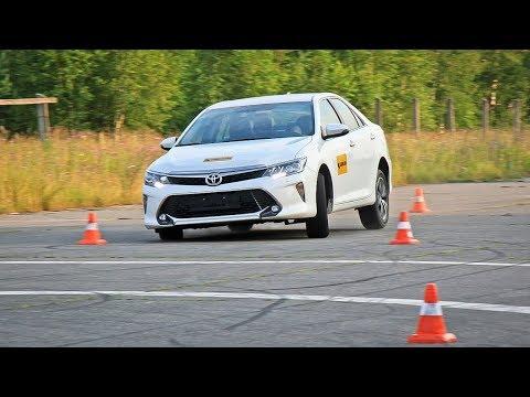 Toyota Camry Лосиный тест. Торможение. Крены