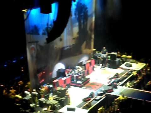 Sammy Hagar & Wabos Aug 17 2010 Toronto ACC Why Can't This Be Love