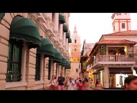 tour in  the old city of cartagena Colombia (ciudad vieja )