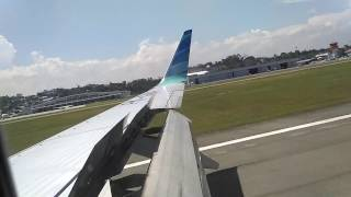 GARUDA INDONESIA Landing At SAMS Sepinggan International Airport in Balikpapan