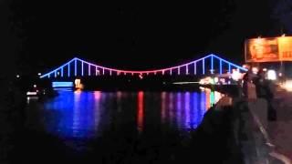 видео Строительство пешеходного моста в Киеве