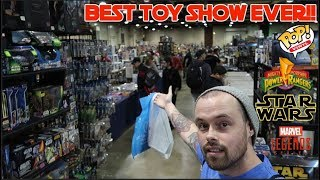EPISODE 29 - TOY HUNTING AT THE BIGGEST TOY SHOW IN OHIO WITH FOXXY FAUX REAL AND ARCHAIC TV