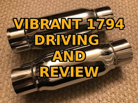 Charger Scat Pack Vibrant 1794 driving and review