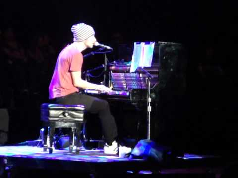 Chris Martin- Lost? (Acoustic) Bridge School Benefit 2009