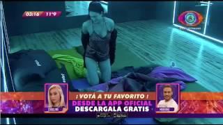 #GH16 MACARENA TOCANDO A MATIAS S  EN EL SUM   GRAN HERMANO ARGENTINA