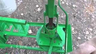 Repeat youtube video Two small briquette presses