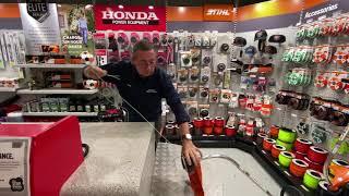 Brisbane Mower Centre - Adding trimmer line to the head