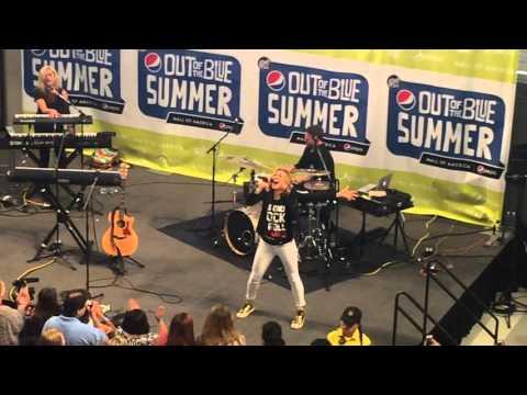Rachel Platten Full Concert - 2015-08-17 - Mall of America; Bloomington, Minnesota