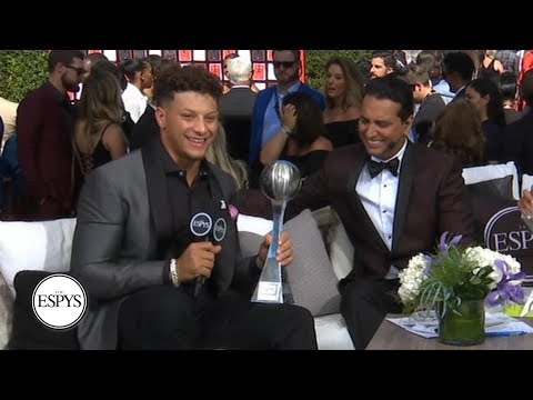 Patrick Mahomes surprised with Best NFL Player award during red carpet interview | 2019 ESPYS