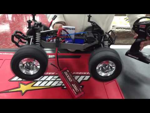 Traxxas trucks setting up half speed and lipo battery