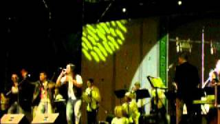 lugo y su orquesta buscando tus besos carnavales de cumana 2010