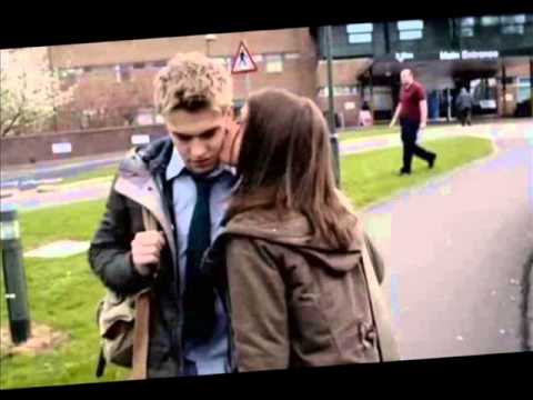 wolfblood familia lobo Maddy and Rhydian - YouTube