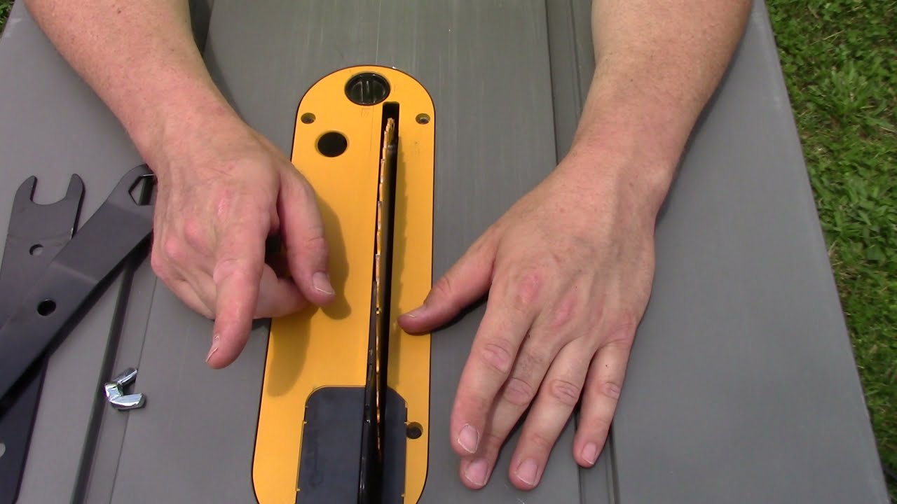 Changing the blade in a dewalt table saw youtube changing the blade in a dewalt table saw greentooth Choice Image