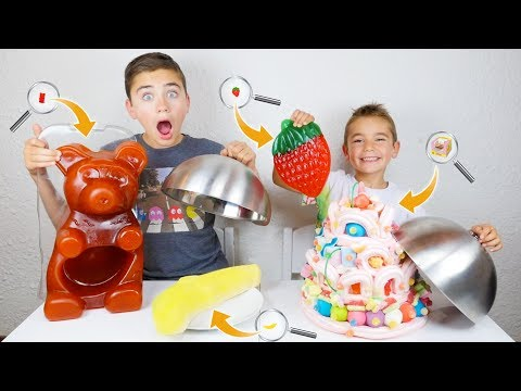 GIANT GUMMY FOOD vs TINY GUMMY FOOD CHALLENGE - Bonbon Géant ou Bonbon Minuscule ?