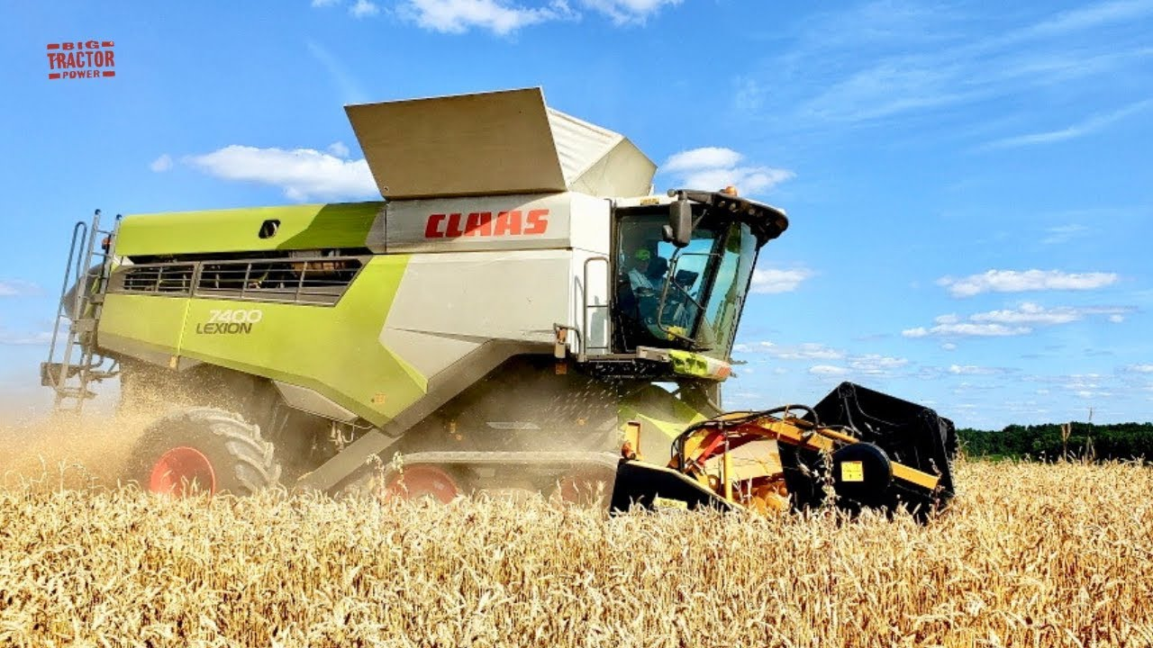 Ford pull type combine