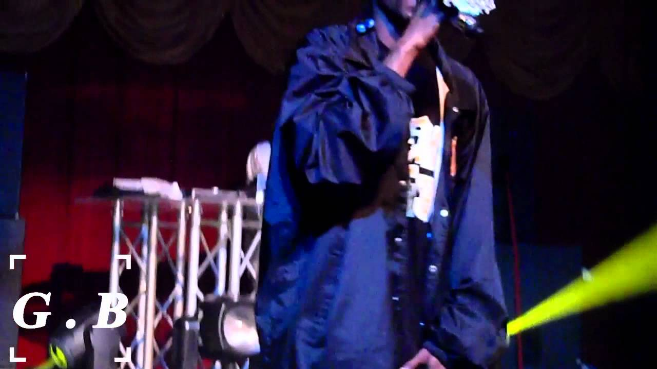 Download Snoop Dogg Preforms I Wanna Rock, Gin and Juice and What`s My Name Live