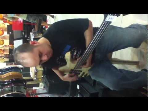testing the cort bass and mark bass amp @ lazer music