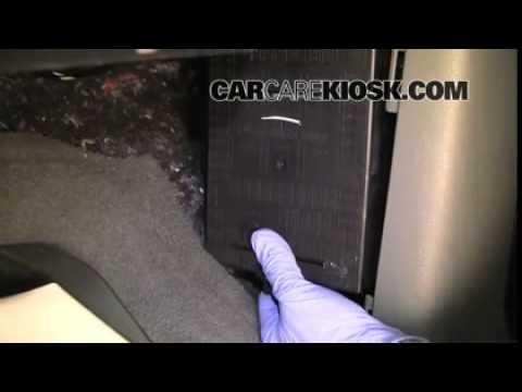 2005 F150 Fuse Box Location 2004 2008 Ford F 150 Interior Fuse Check Remove Cover 2