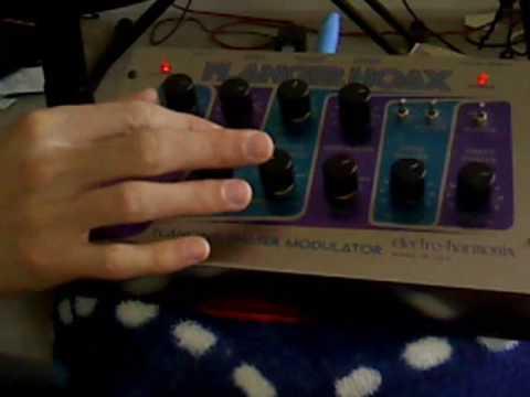 Electro Harmonix Flanger Hoax (Ring Modulation, Vibrato, Phaser)