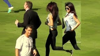 (this video continues here: http://youtu.be/b2uux58an_e)priyanka chopra did the coin flip for guinness international champions cup soccer match at dodger...