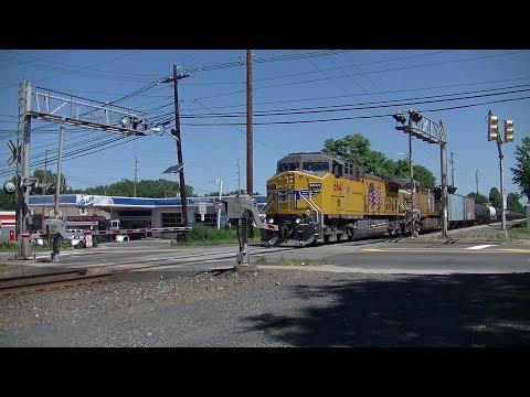 4th of July Weekend railfanning in Bergenfield, NJ