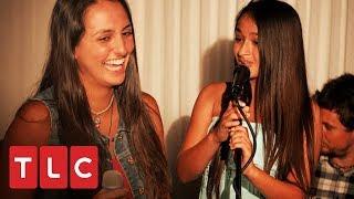 Jazz e sua irmã compõem uma música | A Vida de Jazz | TLC Brasil