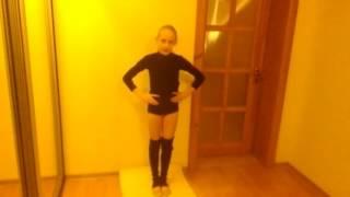 Второй урок художественной гимнастики удержания равновесия!!!!