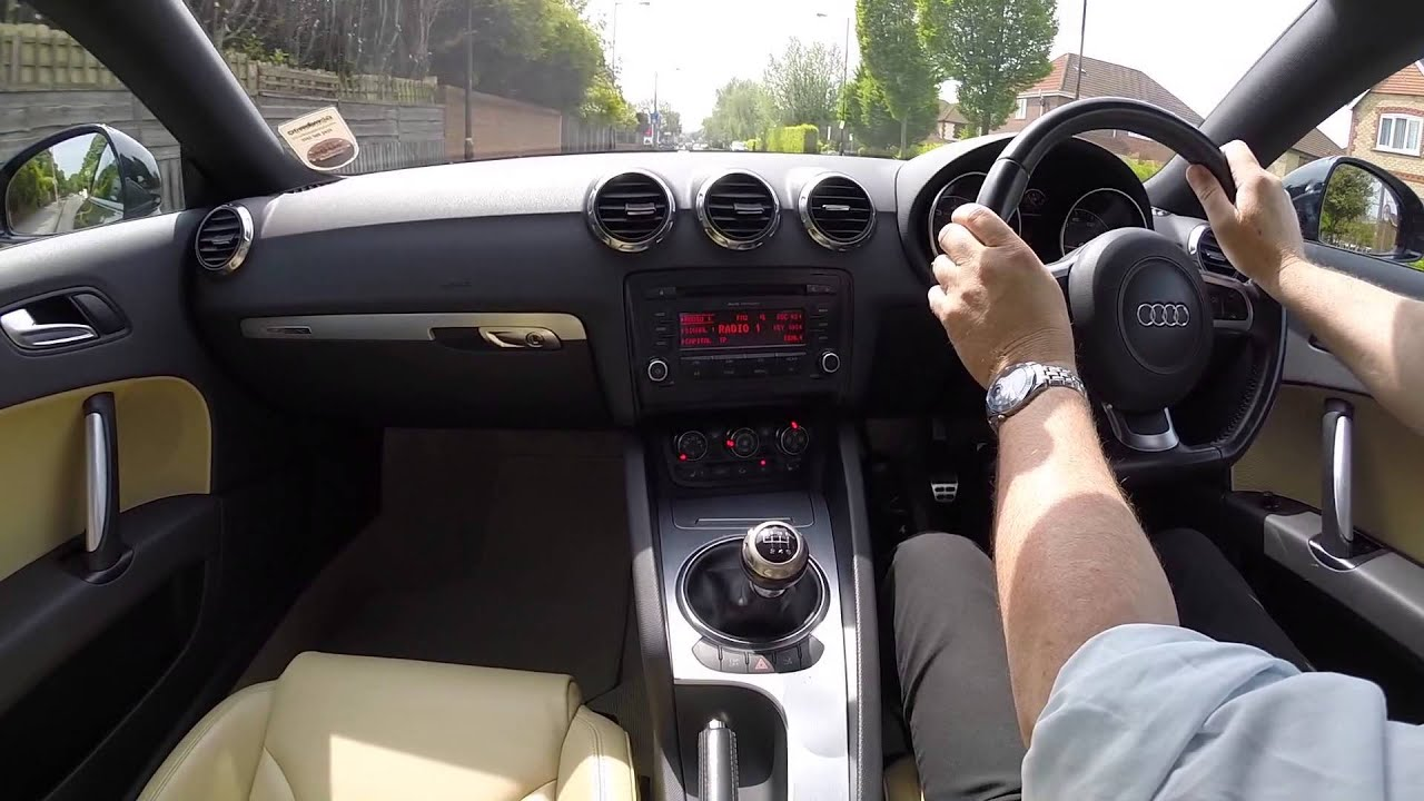 Virtual Video Test Drive in an Audi TT 32 V6 Quattro 2dr