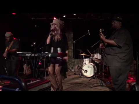 Tullie Brae-Rock Me-CBS night at the Rabbit Hole-June 4, 2017