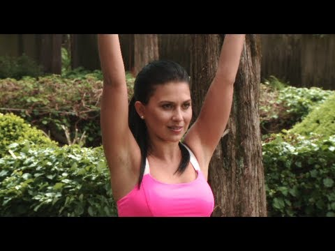 20 Minute Yoga Class With Hilaria Baldwin: Chest & Spine Workout