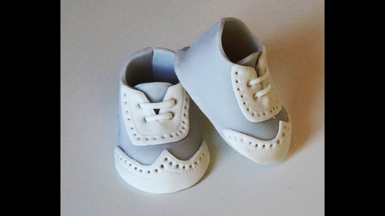 How To Make A Baby Booties Cake