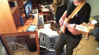 Moog Taurus 1 Bass pedals & 1963 Rickenbacker 4001 on a Genesis excerpt track Eleventh earl of mar