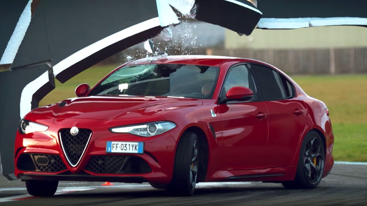 the alfa romeo giulia wall challenge top gear series 24 bbc youtube. Black Bedroom Furniture Sets. Home Design Ideas