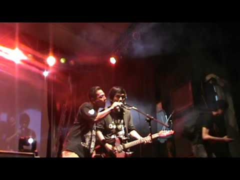 Slamet Man - Sunyahni (live) : Jogja Undercover @ JEC