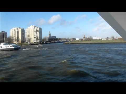 rotterdam harbour met de spido langs schiedam