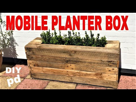 mobile-pallet-planter-box---decorative-garden-rolling-planter-box-|-diy-decor-ideas
