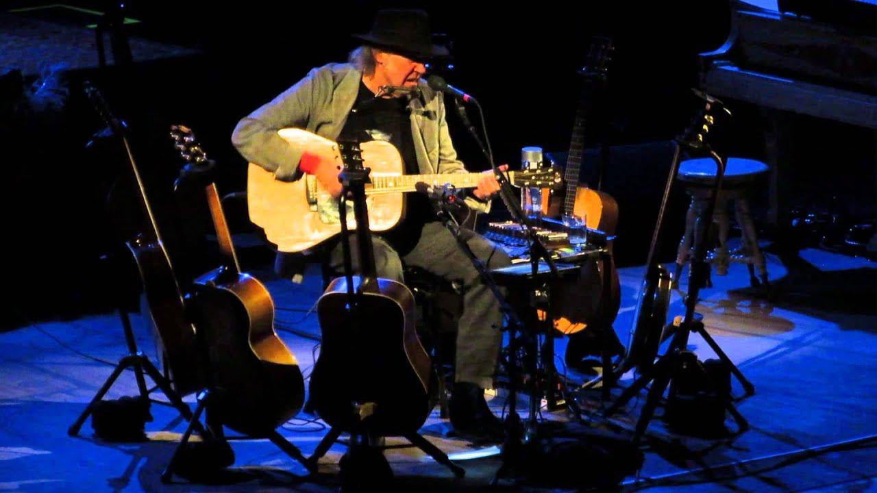 neil-young-southern-man-carnegie-hall-2014-01-09-roel-van-dijk