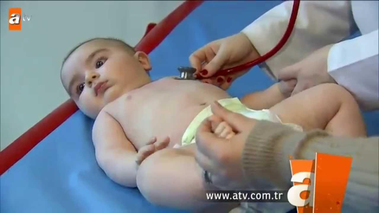 Bebeklerin boğazına takılan nesne nasıl çıkarılır