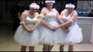 """Танец """"маленьких лебедей"""" на свадьбе"""