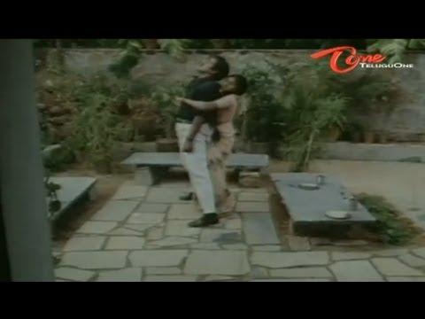 Telugu Comedy - Divyavani Treatment To Rajendra Prasad - NavvulaTV