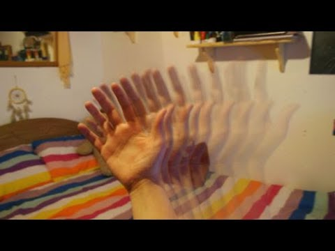 trick-your-eyes-into-hallucinating-(for-5-minutes)