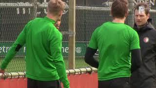 Feyenoord Traint Met Fitte Groep Op Varkenoord
